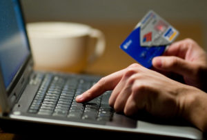 Обман покупателя с банковской картой