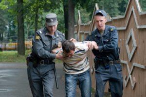 Изображение - Уклонение от военной службы наказание uklonistyi_390_390-300x200